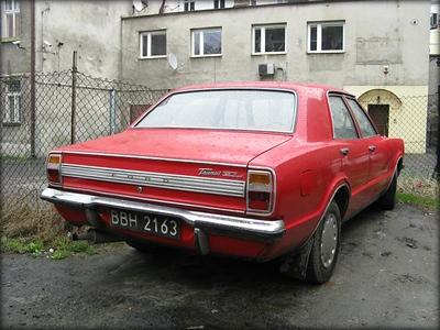 Ford Taunus, Cortina