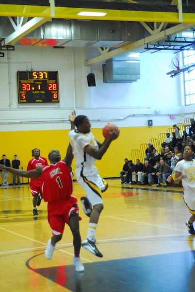 20090301_MCC Basketball_5583.JPG