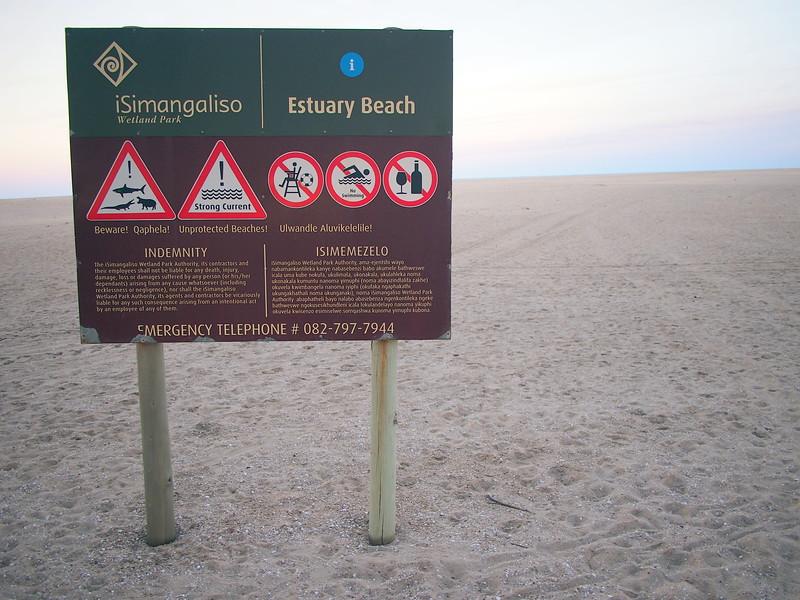 P5036167-estuary-beach.JPG