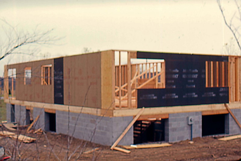 1974-10 - Sheeting from SW corner