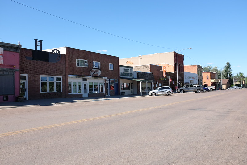 Today, the population in this pretty-but-sleepy town is about 1,490 people.