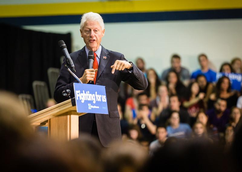President Bill Clinton @ TCNJ 5-13-2016-17.jpg