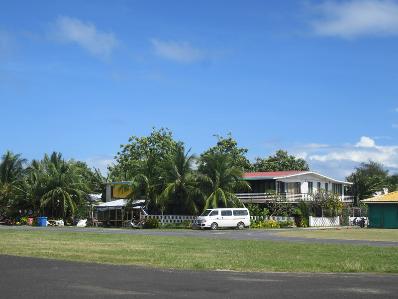 018_Funafuti. International Airport. No delimitation (no fence) between Houses and the Airstrip.JPG