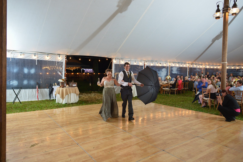 LMVphoto-Ashley and Kevin-161008-1396.jpg