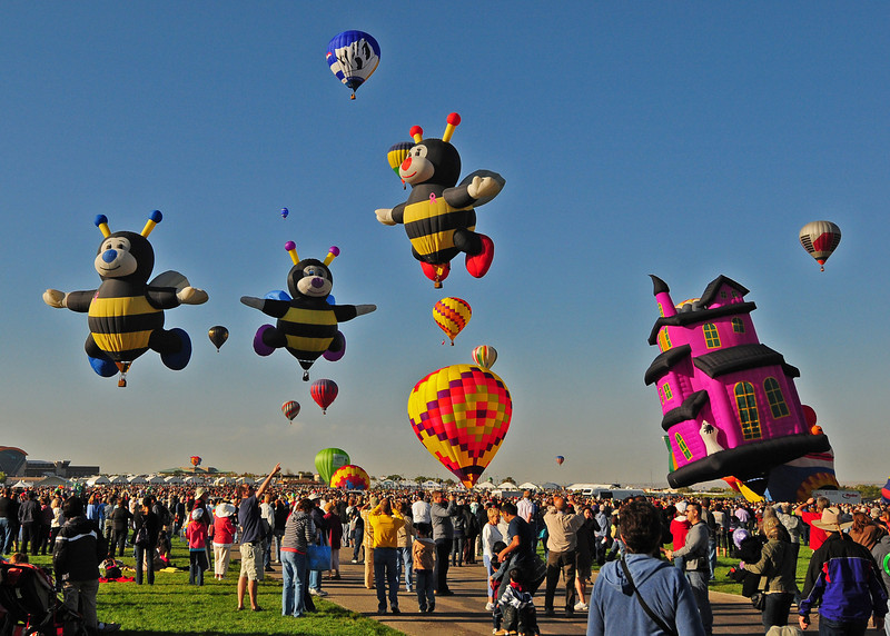 NEA_5470-7x5-Balloons.jpg