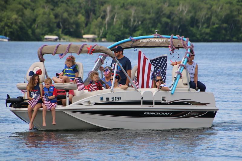 2019 4th of July Boat Parade  (120).JPG