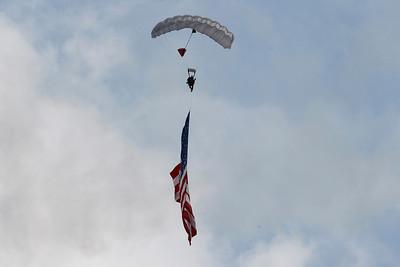 Parachutists Oshkosh 2010 One Star