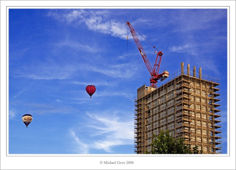 Balloons over Bristol (64229974).jpg