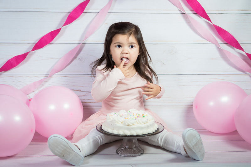 Leila cake smash birthday -22.jpg