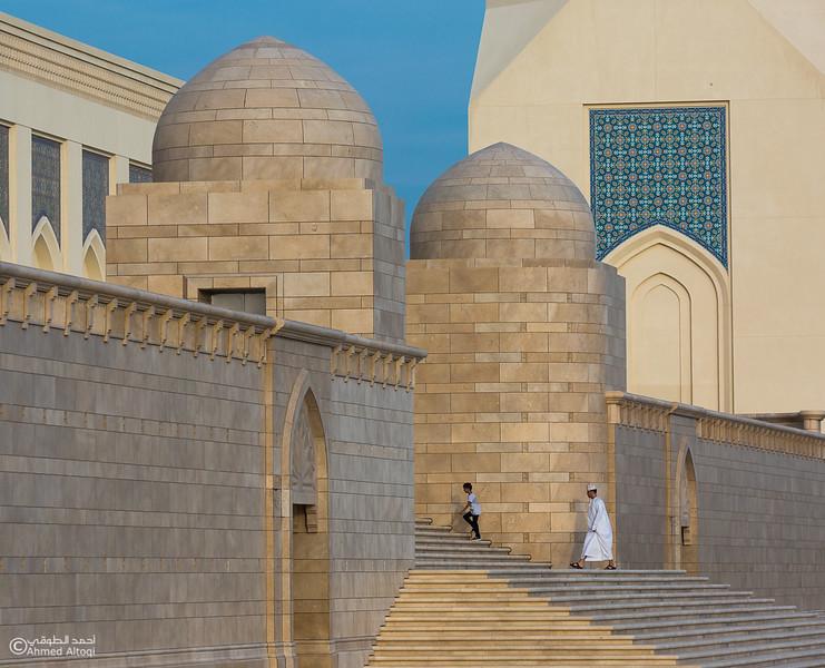 Sultan Qaboos mosque -- Sohar (26).jpg