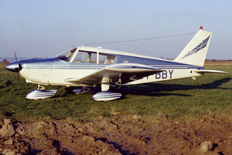 OY-BBY-PiperPA-28-180CherokeeC-Private-Fredericia-1971-N12-06-KBVPCollection.jpg