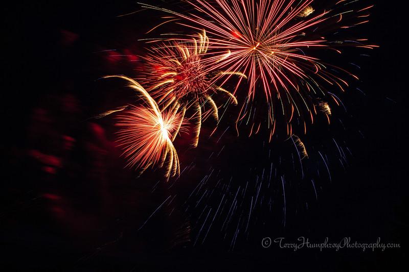 2019 Paradise Fireworks-68.jpg