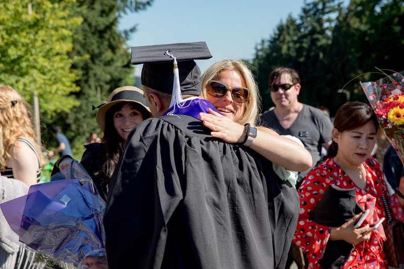 Jacob-UWGrad2019-157.jpg