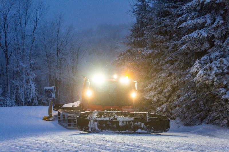 2020-01-27_SN_KS_Snowmobiles-0085.jpg
