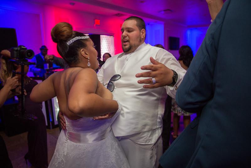 MEG_5697_tonya_josh_new jerrsey wedding photography.jpg