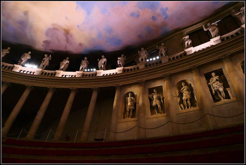 2019-09-VIC-Teatro-Olimpico-50.jpg