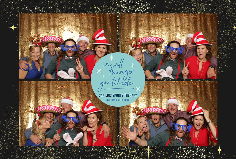 San Luis Sports Therapy ~ Holiday Photo Booth '18