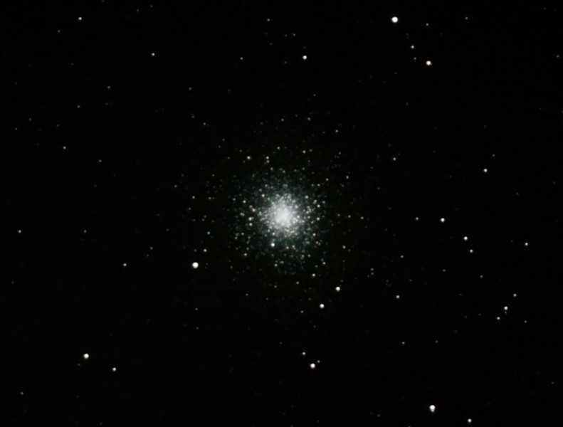Messier M2 - NGC7089 - Globular Cluster - 10/08/2012 (Processed cropped stack)