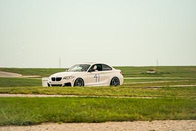 41 BMW M235I