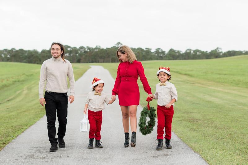 Augustin Family Holiday 2020-29.jpg