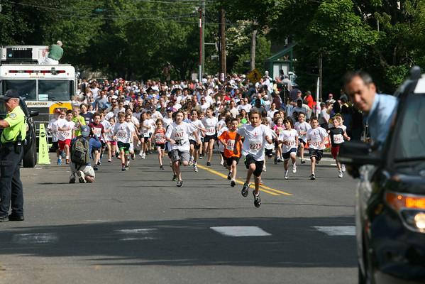 2012 - Gallery 2 (1 Mile Fun Run)