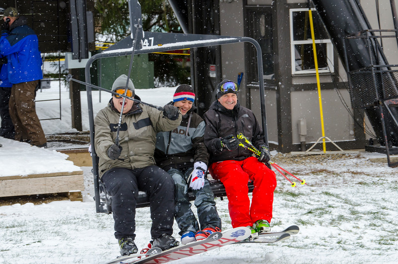 Opening-Day-Slopes-2014_Snow-Trails-70833.jpg