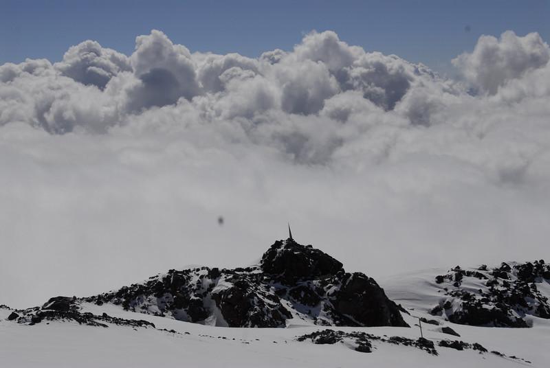 080502 2129 Russia - Mount Elbruce - Day 2 Trip to 15000 feet _E _I ~E ~L.JPG