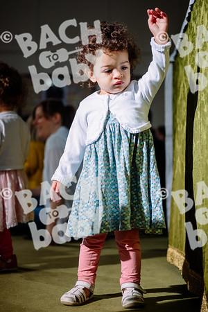 © Bach to Baby 2018_Alejandro Tamagno_Victoria Park_2018-07-11 004.jpg