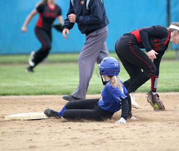 Geneva softball regional vs Yorkville