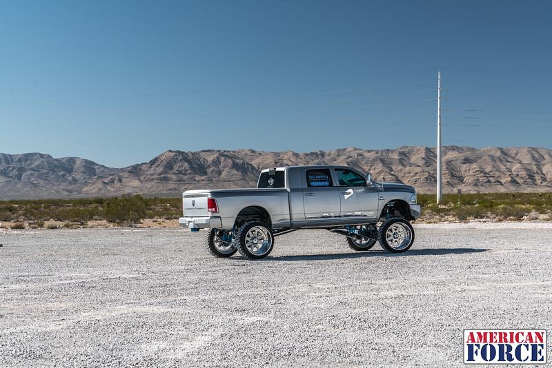 Ridin'-High-Silver-Dodge-Ram-161105-DSC02727-5.jpg