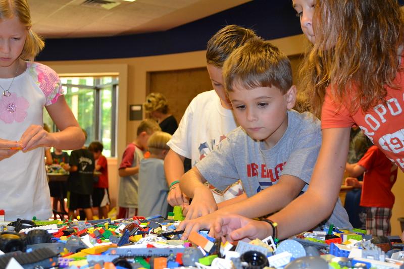 Lego Sculpture Art #9.jpg