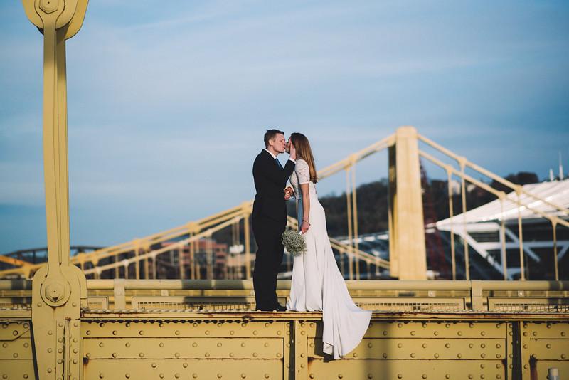 Pittsburgh Elopement Photographer - Monaco Bridge Downtown - Hadley-288.jpg