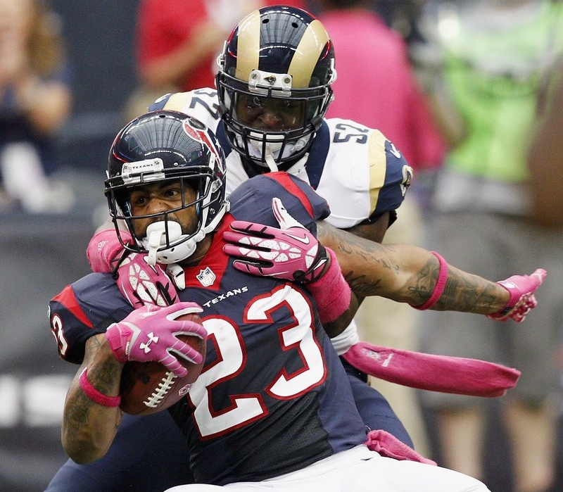 . <p><b> Raiders at Texans (-7):</b> Arian Foster is done for the season because of a bulging disk in his back. He opted to have the season-ending surgery now because, for all practical purposes, the Texans� season ended about a month ago. Pick: <b>Texans by 4</b> <p>     (Bob Levey/Getty Images)