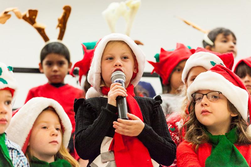 Christmas Kindergarten-37.jpg