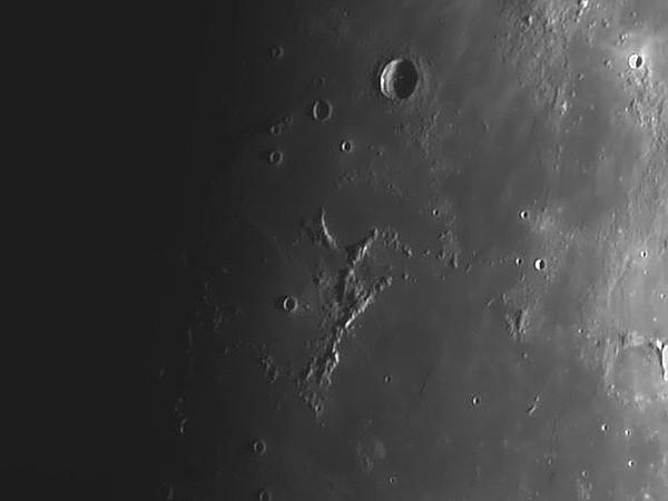Montes Riphaeus - Ocean Procellarum - Crater Lansberg - Mare Cognitum._filtered.jpg
