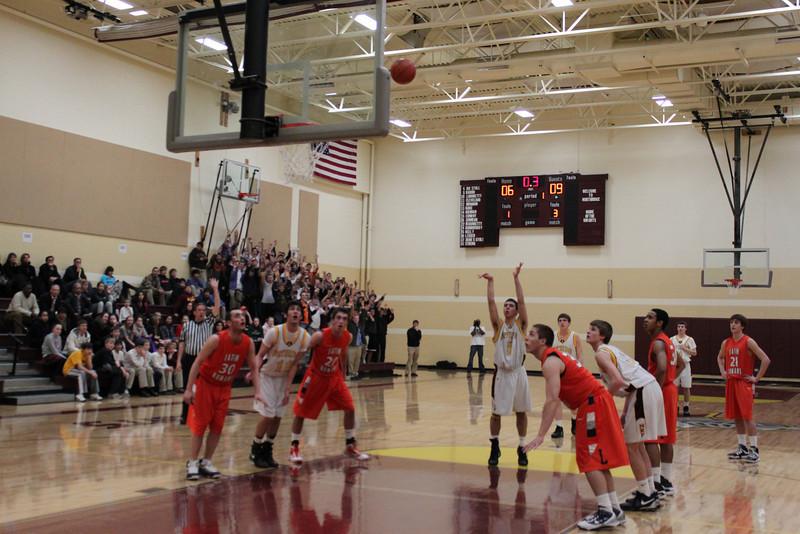 Varsity Basketball (6).JPG
