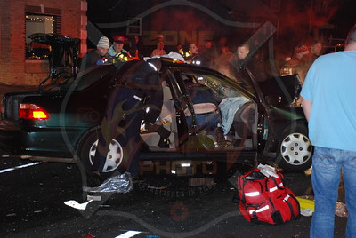 North Massapequa F.D. MVA w/ Entrapment N. Broadway and N. Idaho Ave. 11/30/07