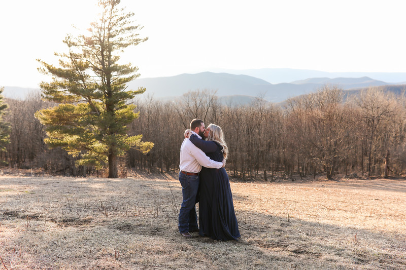 20200222-Lauren & Clay Engaged-198.jpg