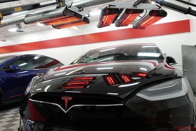 Tesla Model X - Obsidian Black
