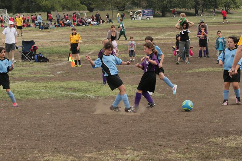 Soccer2011-09-17 10-20-33_2.JPG