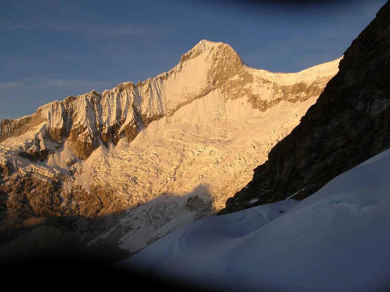 Sunrise on Mt. Rondoy: Taking the photo was simply a ploy by Sheldon to rest for a minute.