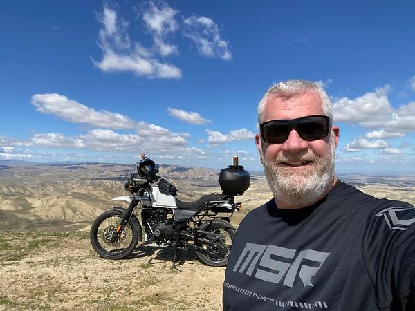 Tumey Hills, Moto & Flying