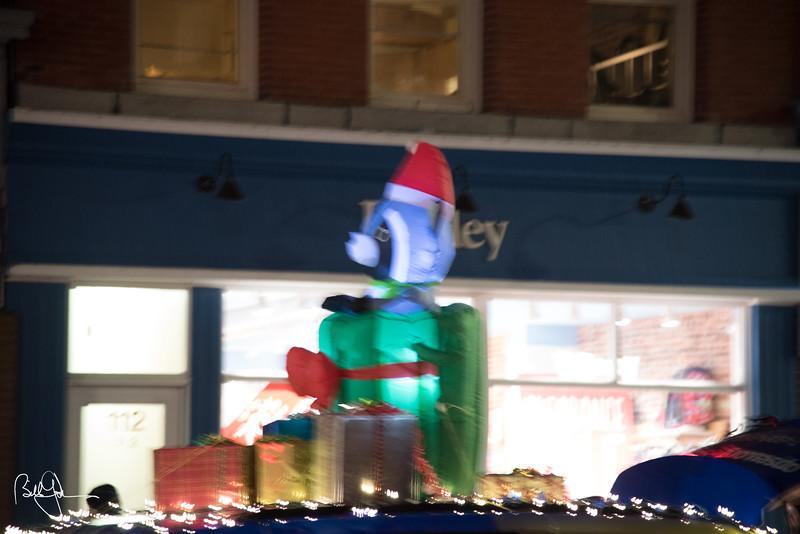 ChristmasParade17-309.jpg