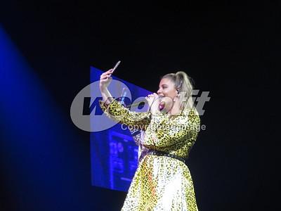 Lauren Alaina 01-DEC-2018