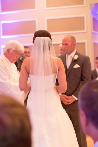 Matt & Erin Married _ ceremony (203).jpg