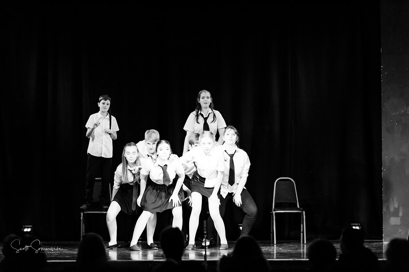 BnW_St_Annes_Musical_Productions_2019_488.jpg