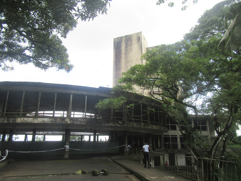 017_Monrovia. Snipper Hill. The Ruin of the Ducor Palace Hotel. 500 rooms.JPG