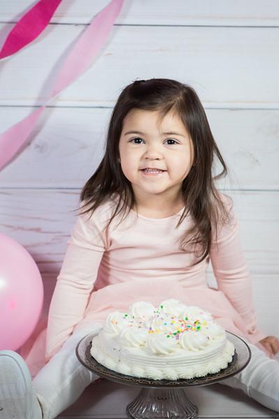 Leila cake smash birthday -17.jpg