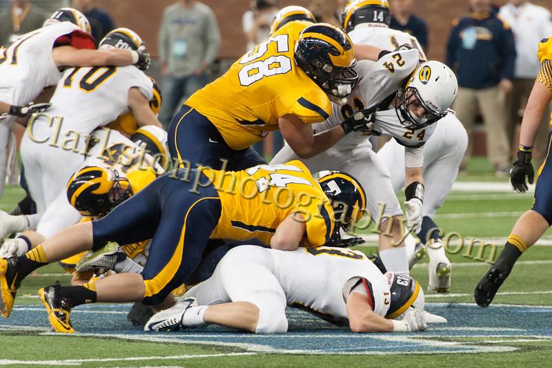 2014 Clarkston Varsity Football vs. Saline 422.jpg