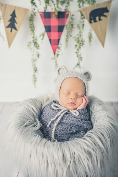 Rockford_newborn_Photography_L070.jpg